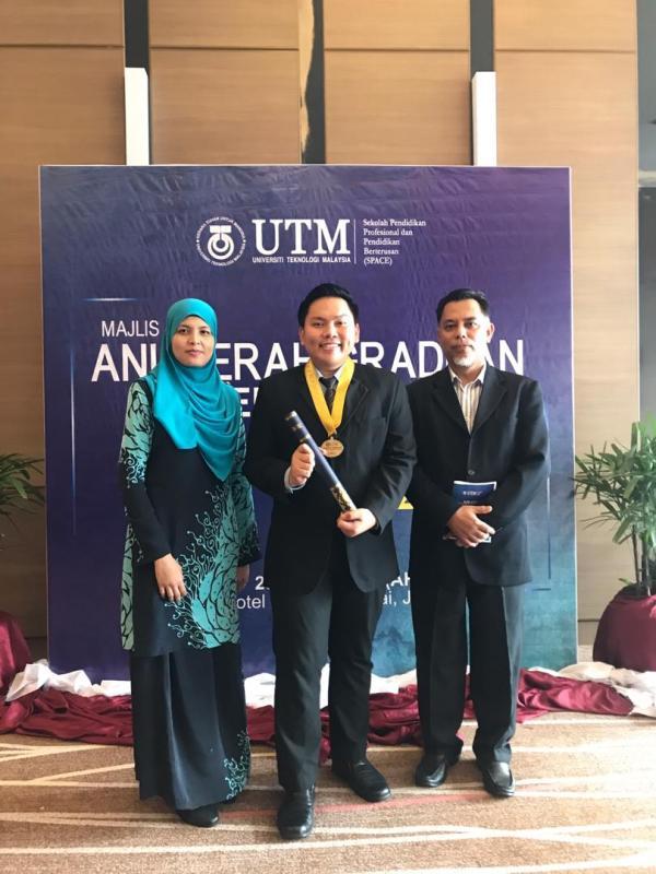 Pelajar KTT Terima Anugerah Cemerlang UTM